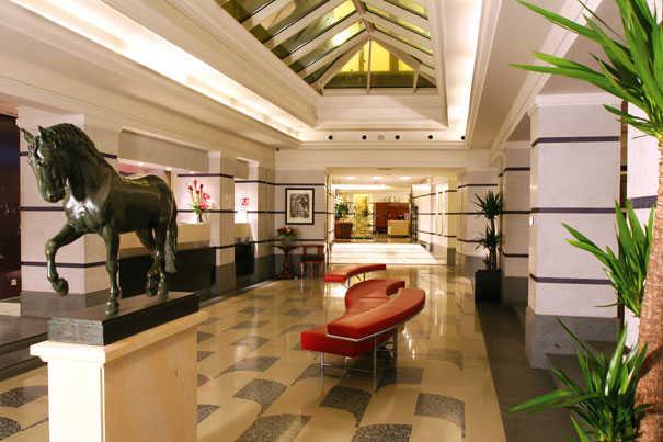 Aria-hotel-prague-lobby