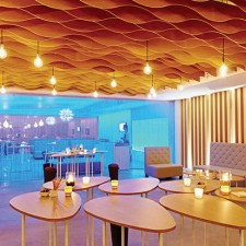 Palais 12 Brussels Expo:   P12 Lounge Club chic & design
