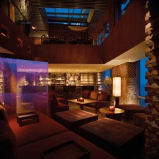 Shanghai: Vue Bar & Xindalu