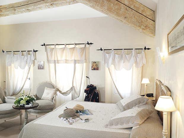 ch teau de la b gude le charme h telier opio. Black Bedroom Furniture Sets. Home Design Ideas